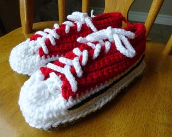 Crochet tie sneaker Slippers, Red tops, Green variegated soles, Womens Size 5/6, Size small.