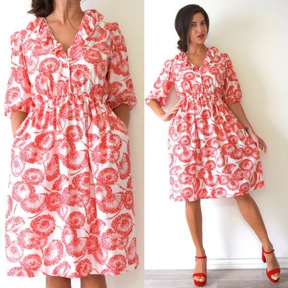 Vintage 60s 70s Magic Flowers Red and White Dandelion Print Shirt Waist Dress (size small, medium)