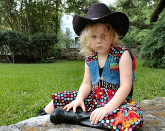 COWGIRL Costume, 2 Piece Set... Western Couture, Girl, Size 4,5 ... RODEO Wear for Girls ... Denim, Red, Multi-color...Pageant Costume