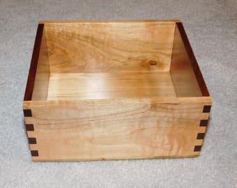 "Journal Box / Recipe Box for 4"" x 6"" Cards - Maple & Walnut"