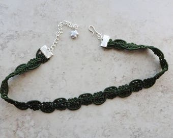 Olive Green Choker Necklace,  Dark Green Choker, Hipster, Gothic, Silver Accents, Costume Choker, Victorian, Choker Necklace