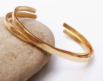 Hammered Bronze Bracelets, 8th Anniversary Gift, Cuff Bangles, Anniversary Bracelet, Matte Gold Cuff