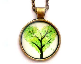 """Green Heart Tree Photo Glass Necklace 30"""" Antiqued Bronze Chain"""