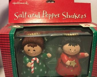 Vintage Hallmark Angel Salt and Pepper Shakers in Box XPF3401 Christmas Holiday