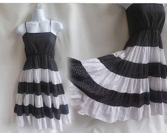 Vintage 70s Dress Size M Black White Polka Dot Cotton Strappy Sun 80s