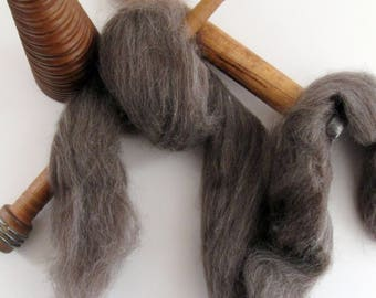 Ecru/Undyed/Natural Black BFL colored wool roving, spinning fiber - 2.8 ounces