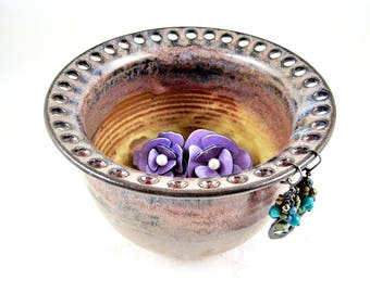 Ceramic Earring bowl, Pottery jewelry holder, Jewelry Bowl in rustic color, handmade jewelry organizer - IN stock
