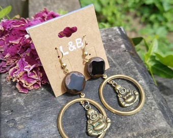 Buddha earrings with brass and glass
