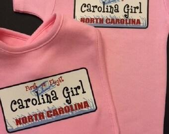 Carolina Girl Bodysuit, Carolina Girl bib set, Baby Bib, Baby bodysuit, Baby Gift Set, Tee shirt
