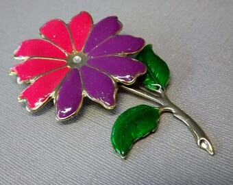 Vintage Daisy Flower Brooch, Pink Purple Daisy Pin, 1960's Costume Jewelry