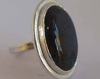 Blue flash Labradorite statement ring size Q1/2, 81/2