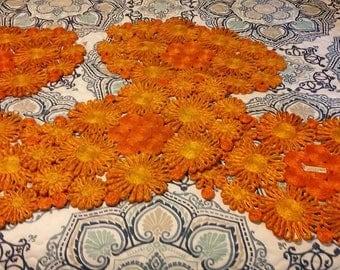5 Place mats orange vintage