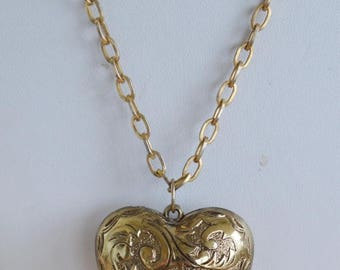 "ON SALE Pretty Vintage Large Etched Puff Heart Pendant Necklace, 24"" (AJ7)"