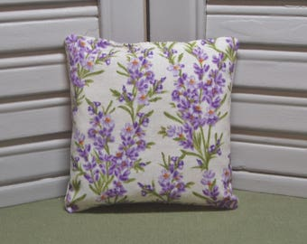 "Lavender fabric, sachet, flowers, birthday, Thank You gift, scented drawer pillow, 4"" by 4"" size, 100% dried lavender for a lovely scent"