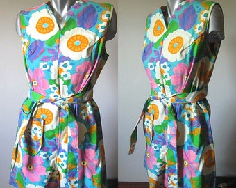 Vintage 60s Sears Perma Prest Bright Floral Patterned Romper with Belt Size L/XL