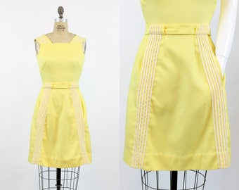 60s Mini Dress XS  / 1960s Vintage Shift Dress  / Lemon Drop Dress