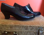 Vintage Black Kitten Heel Oxfords size 8