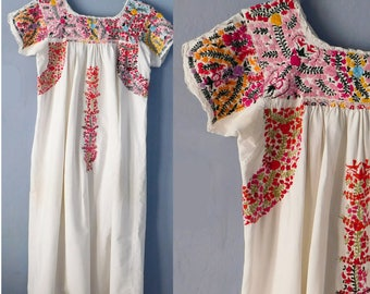 Vintage Embroidered Mexican Wedding Dress - White Cotton Short-Sleeved Boho Hippie Dress - Ethnic Folk Art - Small Size - Lavish Floral