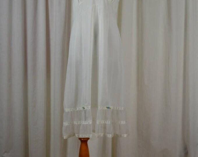 """sale Vintage Slip, Slip Dress, White Slip, Women's Slip, Retro Slip, Wedding Slip, Basic Slip, Every Day Slip Vintage Lingerie, Size 38"""","""