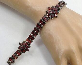 Red Garnet Bracelet, Gemstone Bracelet, Sterling Silver, Vintage Bracelet, Faceted Stones, Links Linked, Tennis Bracelet, Vintage Jewelry