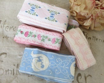 Adorable Batch Vintage French Tapes, Embroidered Trim, Scrolls and Floral Decor, Romantic Roses Trimming, Passimenterie Trim, Sewing Project