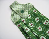 Hanging kitchen towel  button top quilted  cotton  top Pioneer Woman green oven door towel
