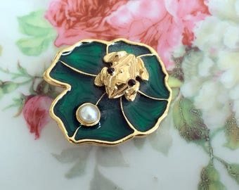 Vintage enamel Frog on a Lily Pad brooch real cultured pearl