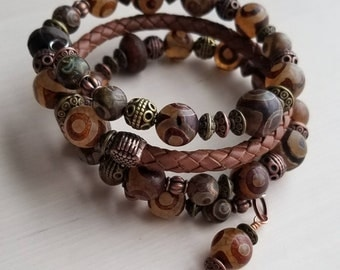 DZI Beads and Leather Memory Wire Bracelet,Multi-Wrap with Antique Copper and Antique Brass Beads, Braided Leather Cord, Gift for Her,Agate