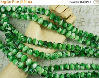 ON SALE 27 Faceted Rondelle Beads Emerald Green & White Swirl Crystal 10mm x 8mm Chevron Saucer (C213)