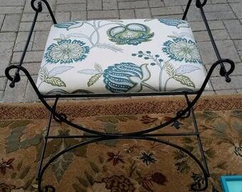 Vintage vanity seat