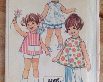 Sweet Vintage Simplicity 7667 Toddlers Top, Short and Pants - Size 2