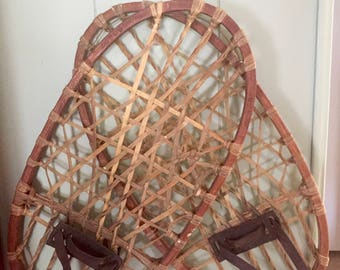 Antique Vintage 1942 Military Issue Bear Paw Snow Shoes Snowshoes With Catgut Webbing, Excellent Condition