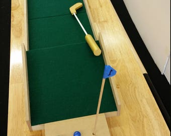 "Custom  7"" Table Top Mini Golf Game"