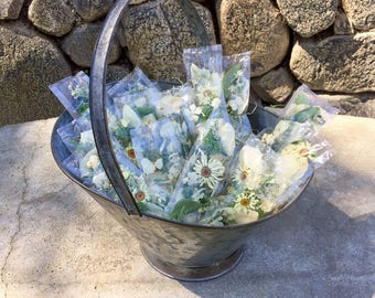 Dried Flowers, Wedding Confetti, Dry Petals, Wedding Decor, Craft Supply, Real, Biodegradable, Flower Girl, Petal Confetti, centerpieces