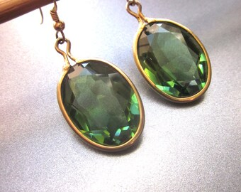 Dangle Emerald Green Glass Earrings Holiday Jewelry