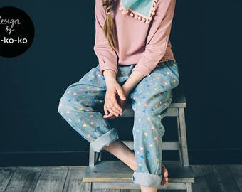 Light-blue jeans with triangle pattern