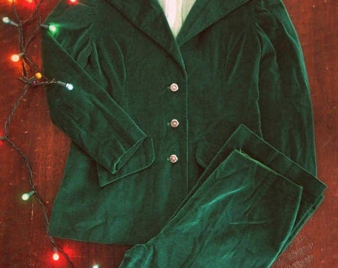 WINTER SALE Vintage 70s green velvet suit / Holiday green Festive women's suit