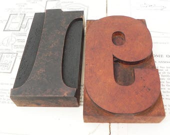 2 vintage wood printing blocks numbers