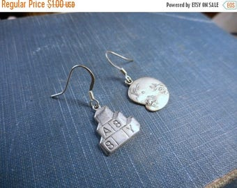 Oh Baby ! Antiqued Sterling Plated Vintage Babyface & Baby Block earrings. great gift for mom-to-be!