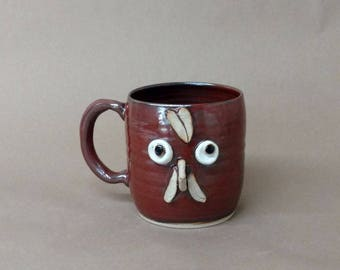 Mother Hen Pottery Chicken Mug in Red. Stoneware Hot Tea Mug. Funny Face Coffee Cup. Comical Rooster Mug. Funny Farmhouse Kitchen. 20 OZ.