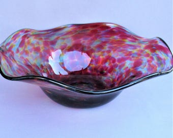 Hand Blown Art Glass Decorative,Fruit  Bowl/ Plate, Wave Top,Red Multicolored.