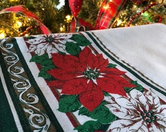 Vintage Christmas Table Linens/Tablecloth