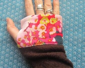 "Pink fingerless gloves Brown boiled wool and velvet floral ""hydrangeas"""