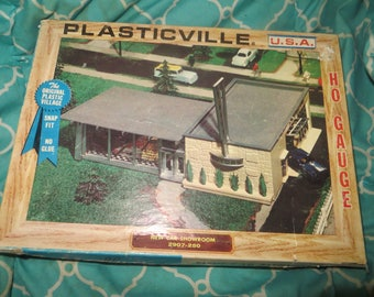 1950s  Bachmann Plasticville New Car Showroom  HO Scale Building Kit 2907-250 with 2 cars instructions