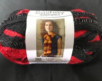 Mesh Yarn - Red/Black