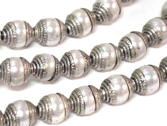 8 BEADS - Tibetan silver capped white color pearl beads 7 - 8 mm x 9 -10 mm - BD773Bx