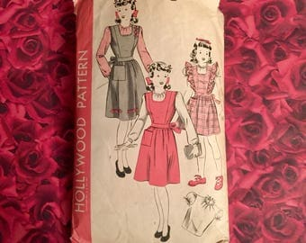 40's Vintage Girls Pinafore Sewing Pattern