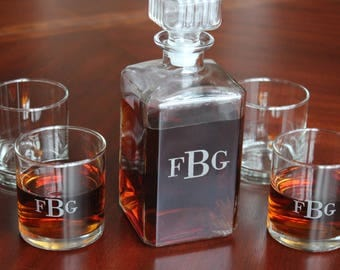 Whiskey Decanter Set With Six Glasses And Free Personalization, Monogramed Decanter, 7 Piece Set, 001