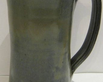 Handmade Pottery Mug Large, HOLDS 18 ounces, Ice Tea glass, wheel thrown