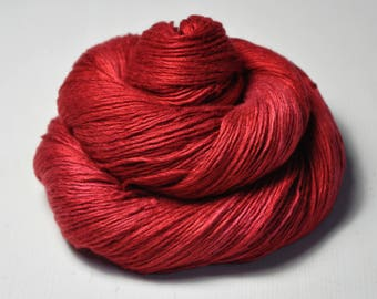 Blood queen - Fleece Silk Lace Yarn - LIMITED EDITION - LSOH